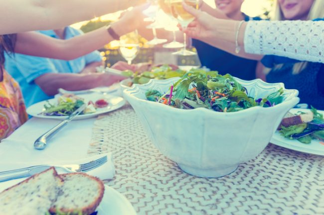 4 Reasons to Eat Al Fresco