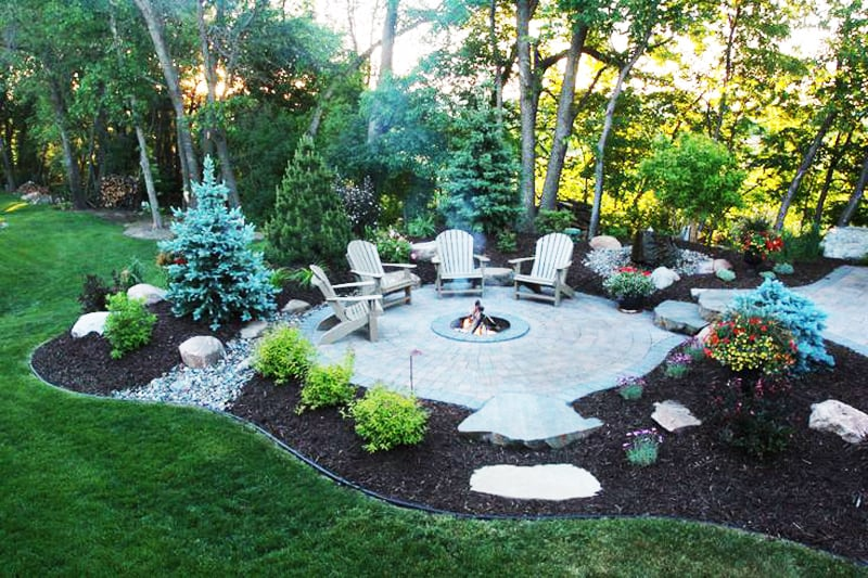 Fire Pit Ideas for your Backyard