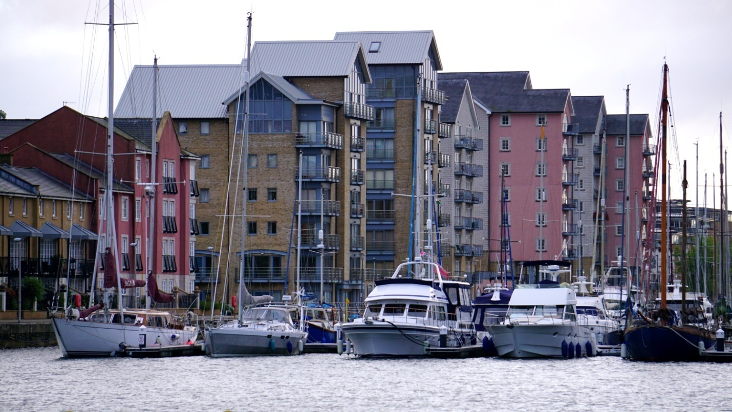 apartments-architecture-bay-boats-145618.jpg