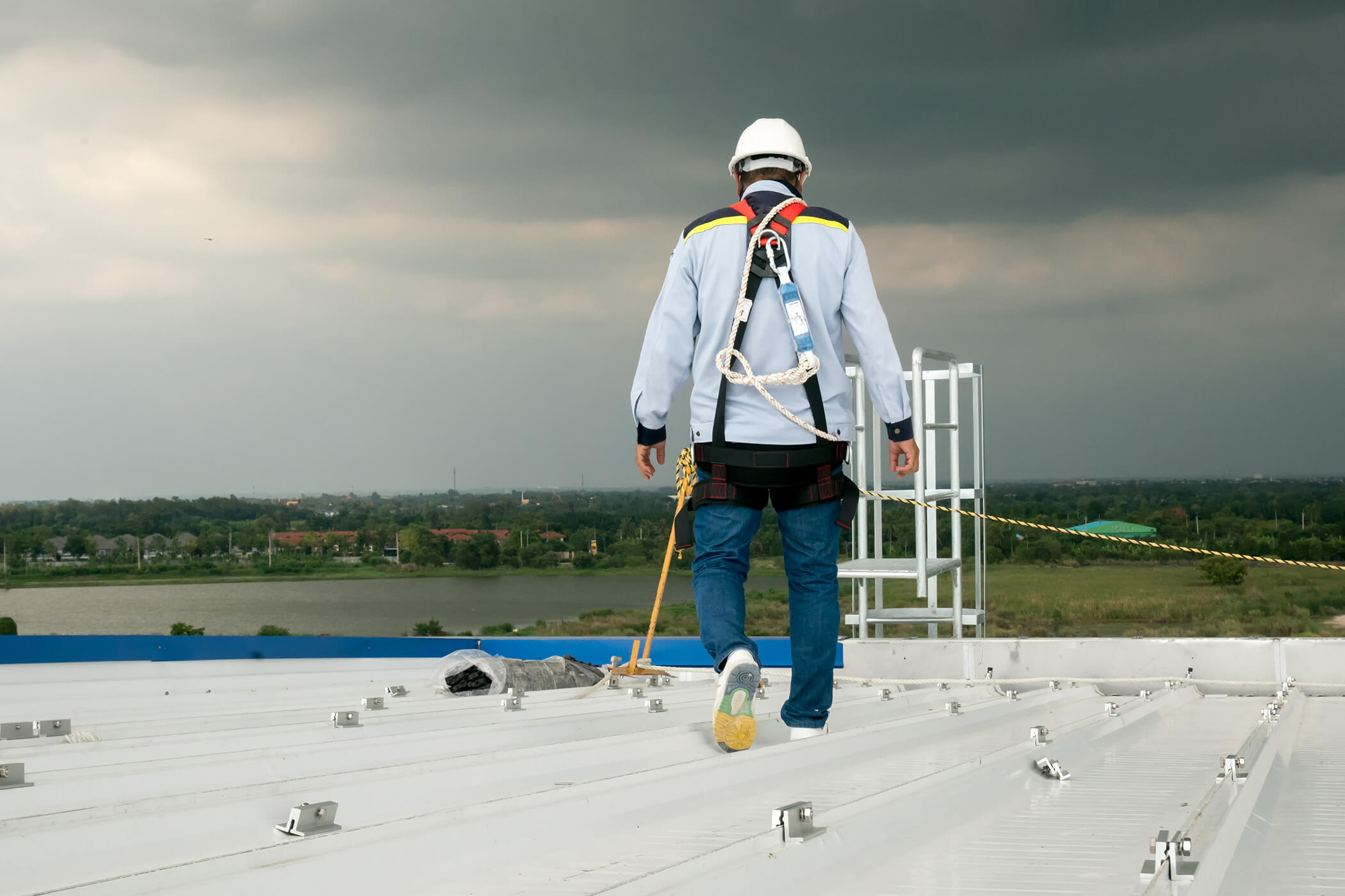 roof-maintenance.jpg