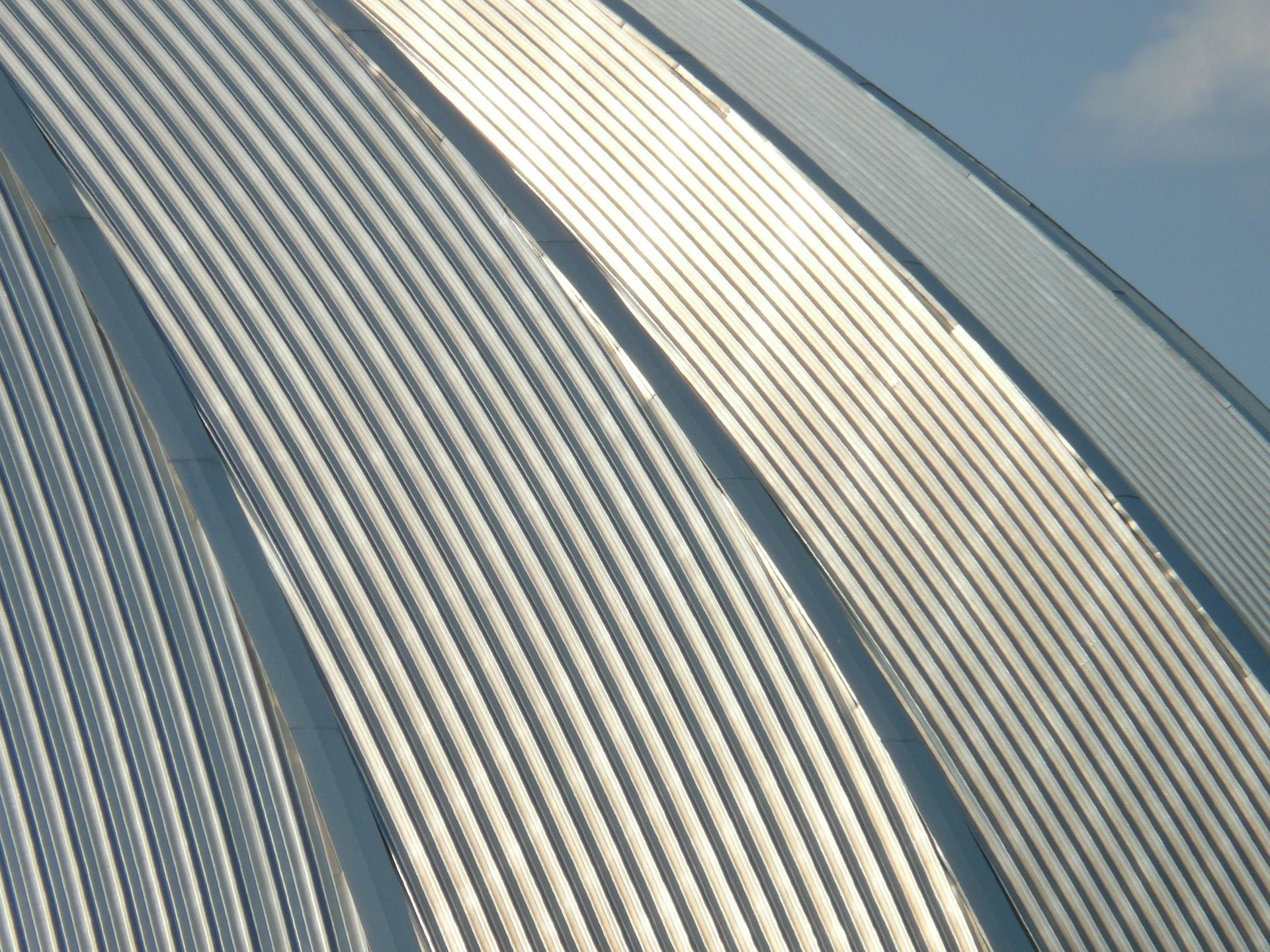 The Characteristics of Different Types of Metal Roofing