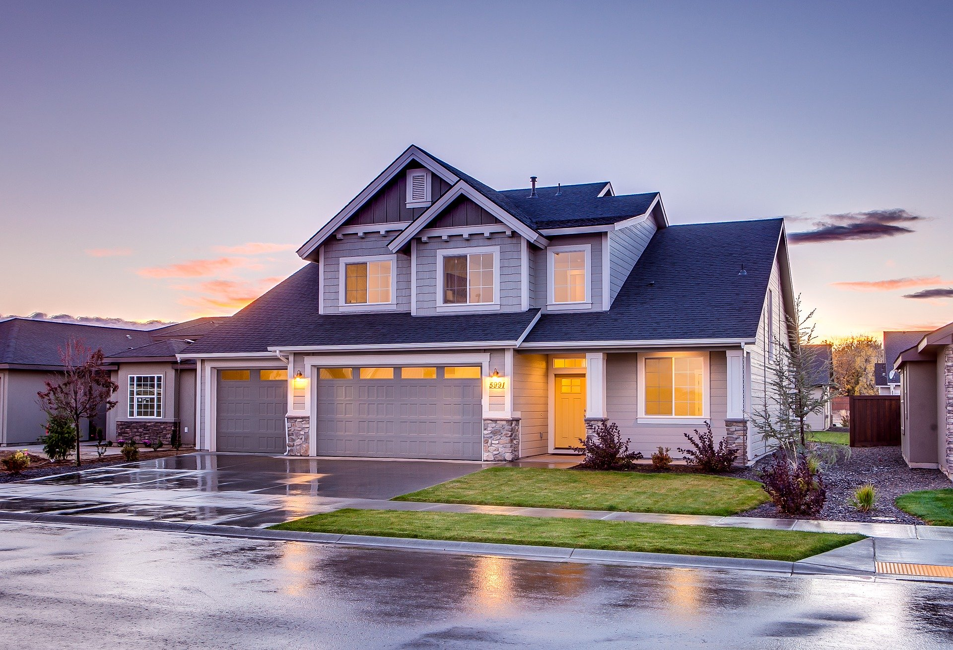 Important Roofing Tips for New Homeowners
