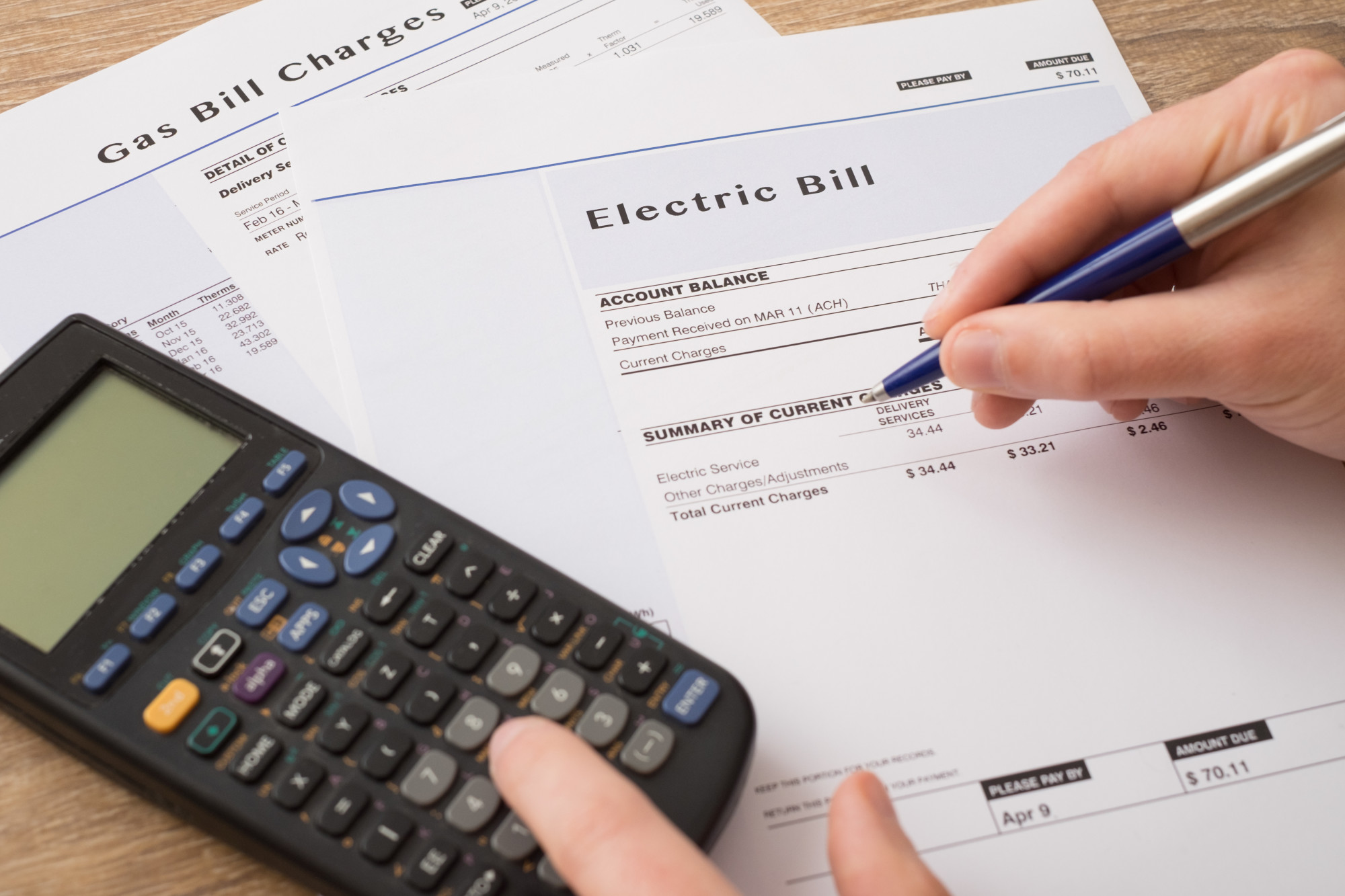 5 Eco-Friendly Tips That'll Help You Save on Your Electric Bill